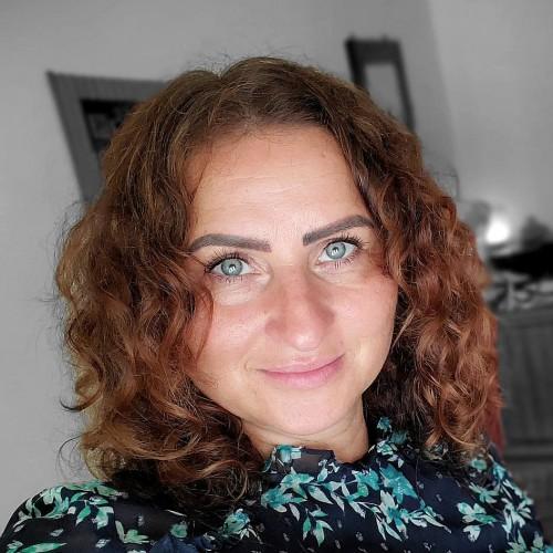 Hannah Shalom